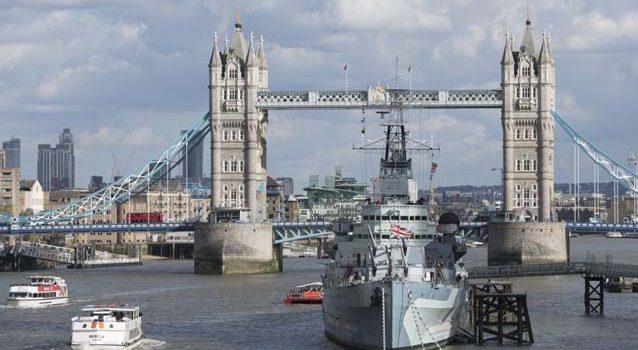Британские корабли научат слушаться голоса